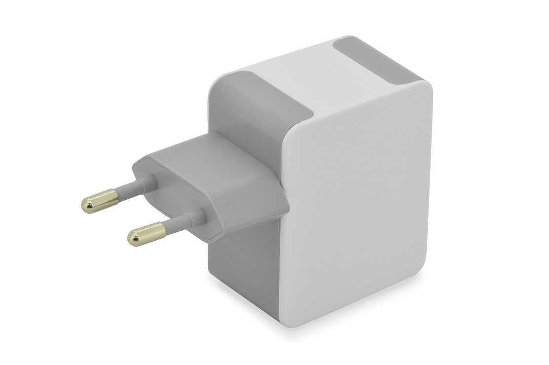 CHARGEUR SECTEUR AVEC CABLE DE CHARGEMENT IPHONE 1M PORT USB 31043-2