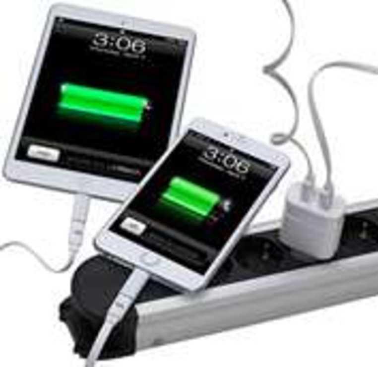 CHARGEUR SECTEUR 2 X USB 3.4A BLANC + CORDON LIGHTNING MFI va4125wd2-2