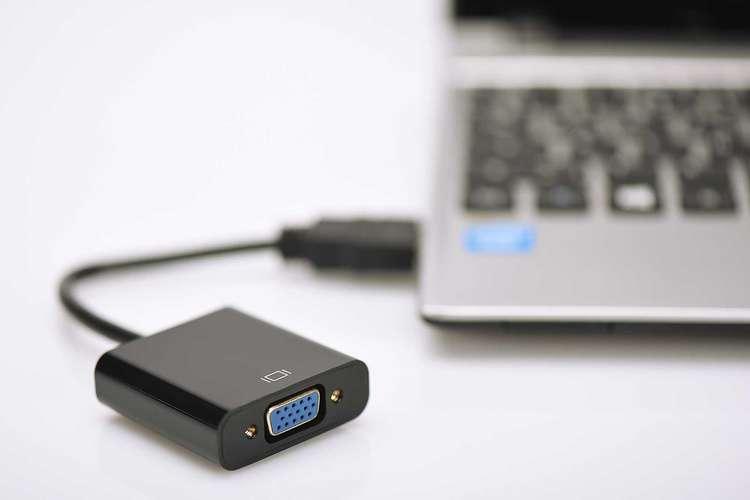 Adaptateur HDMI A en VGA da70461-4