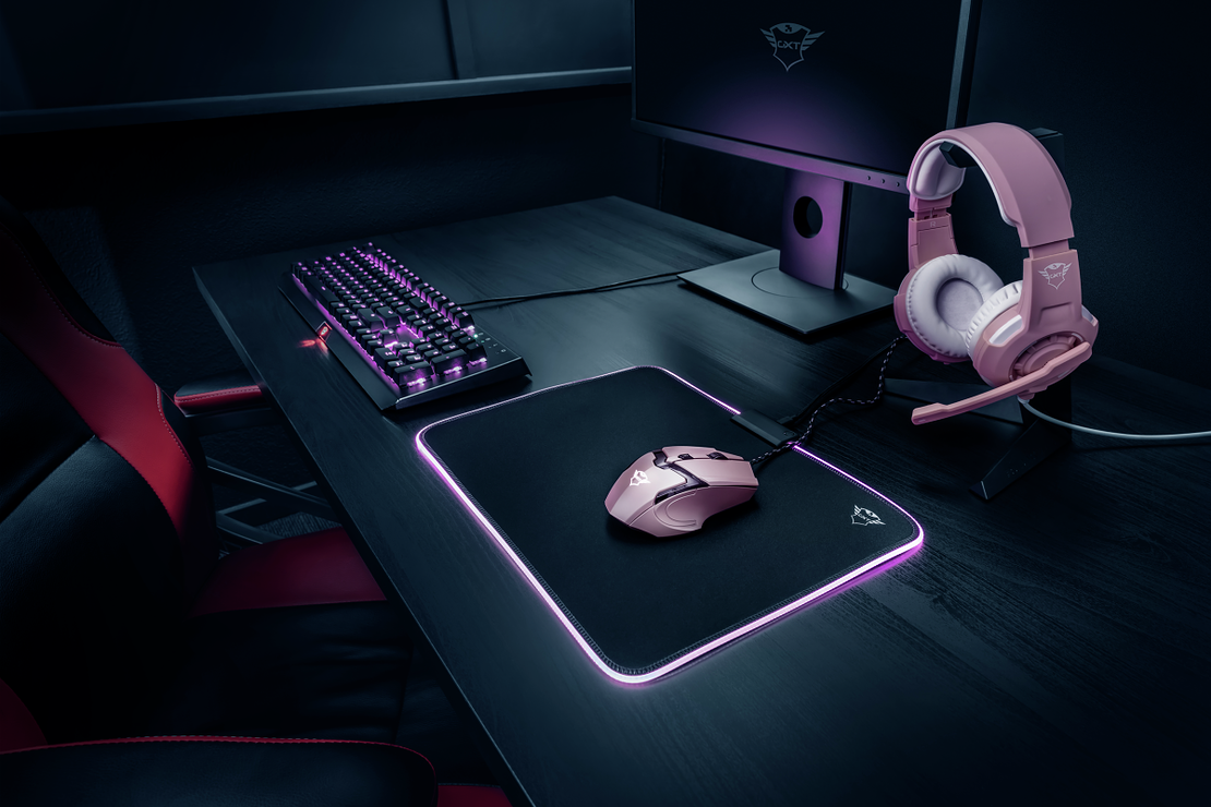 SOURIS GAMING GXT-101D GAV PINK 23093pictureslifestylevisual1