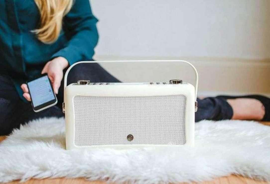 RADIO HEPBURN MKII DAB/BT/ FM 20 WATTS SIMILI CUIR - CREME vqhepmkiicr10