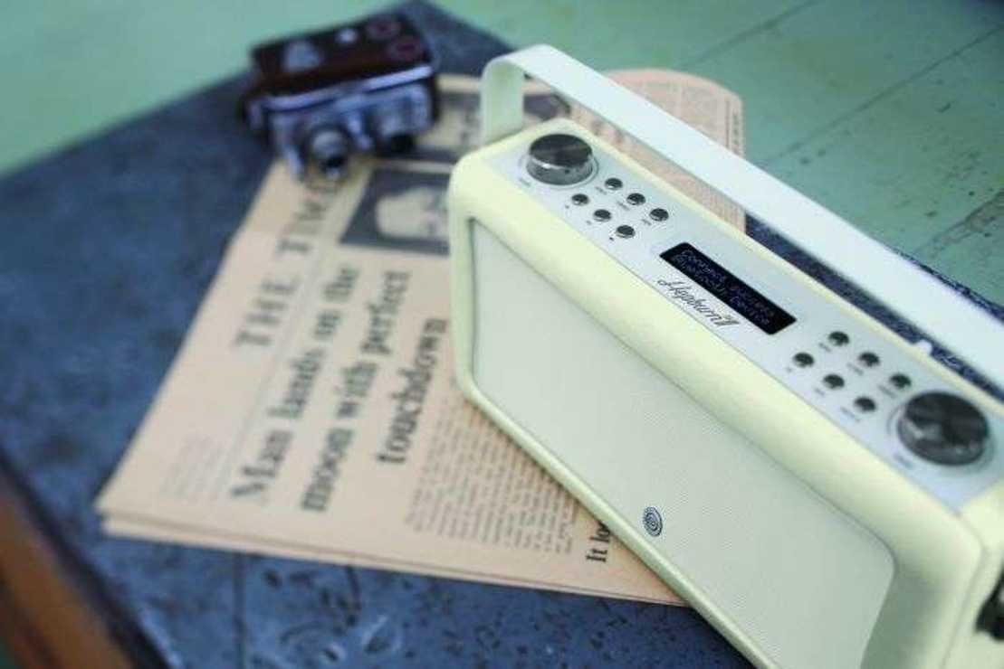 RADIO HEPBURN MKII DAB/BT/ FM 20 WATTS SIMILI CUIR - CREME vqhepmkiicr8