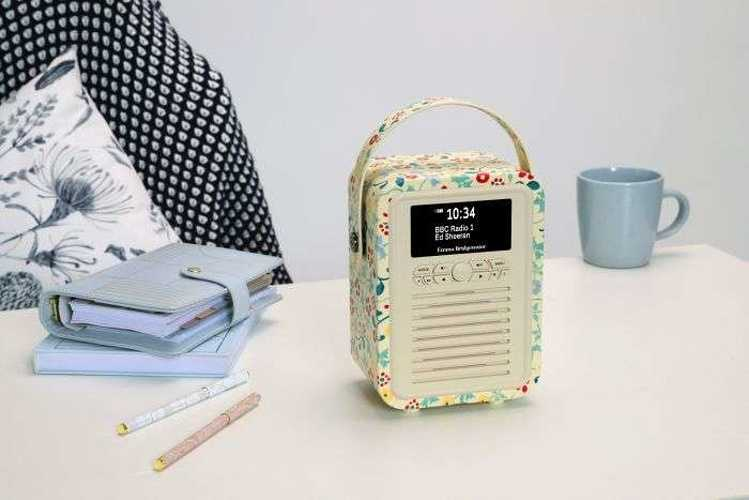 RADIO RETRO MINI DAB / BT FM 5 WATTS SIMILI CUIR EMMA.B - SPRING vqminiebspr4