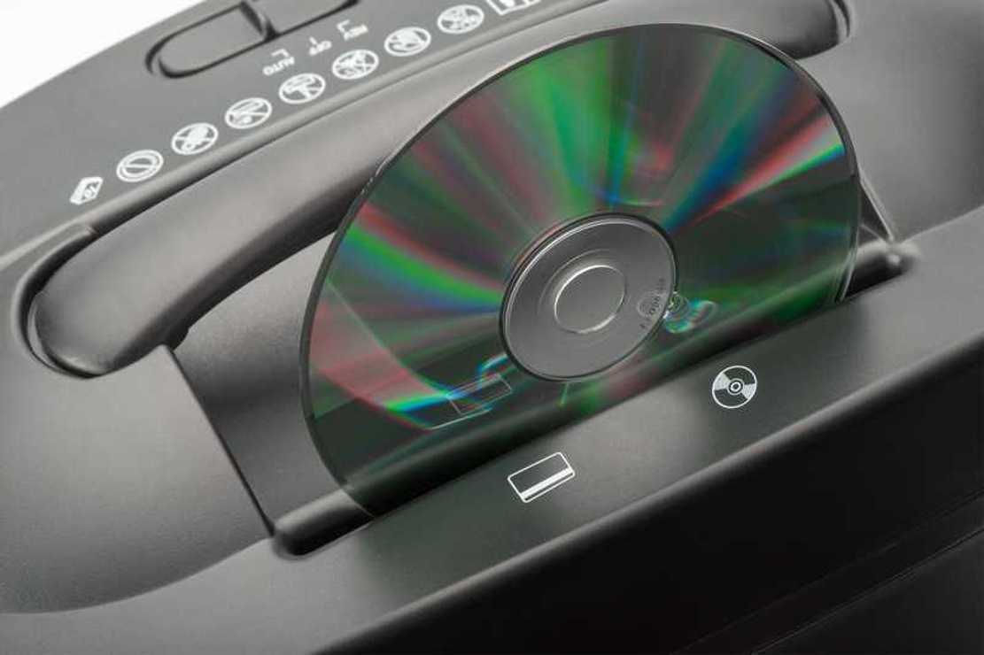 DESTRUCTEUR PAPIER COUPE CROISE X10CD - FEUILLES/CD/DVD/CB da816084016032459750application1rgb